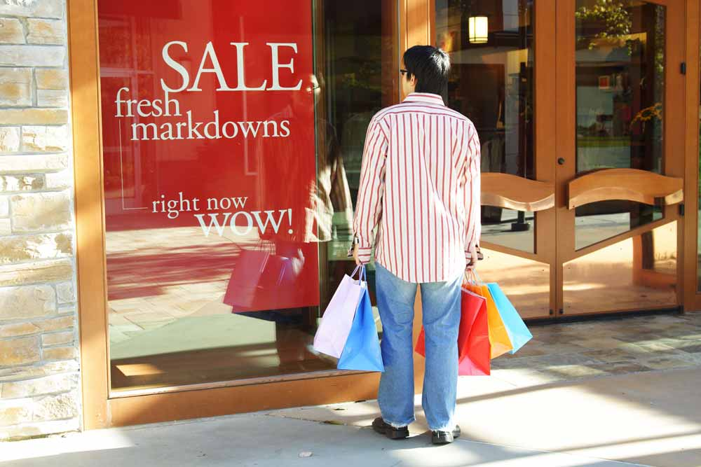 How to avoid impulse purchasing this shopping season